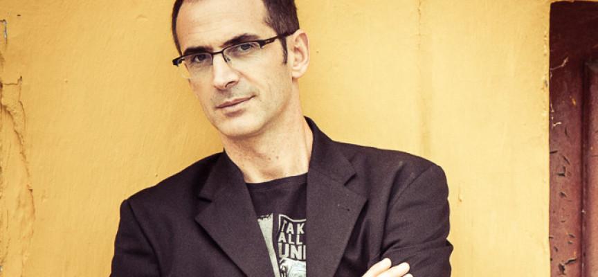 """Ο Κώστας Κρομμύδας συγγραφέας του μυθιστορήματος """"Ογκρέσα"""" στο agrinio-life"""